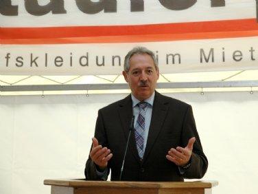 Herr Kommerzialrat Viktor Sigl, Wirtschaftslandesrat
