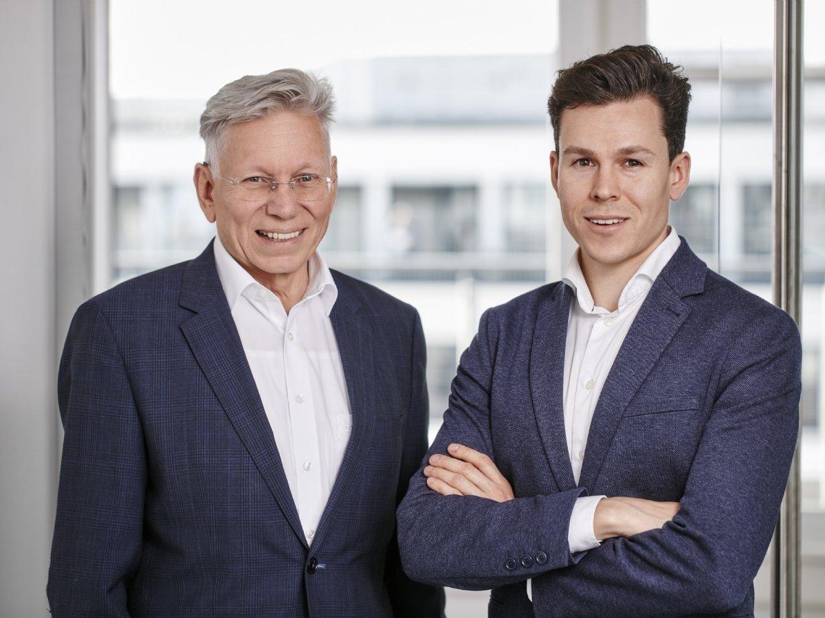 Ulrich Schöll, Geschäftsführender Gesellschafter der Staufer Textil GmbH und Sohn Matthias Schöll © DBL Staufer